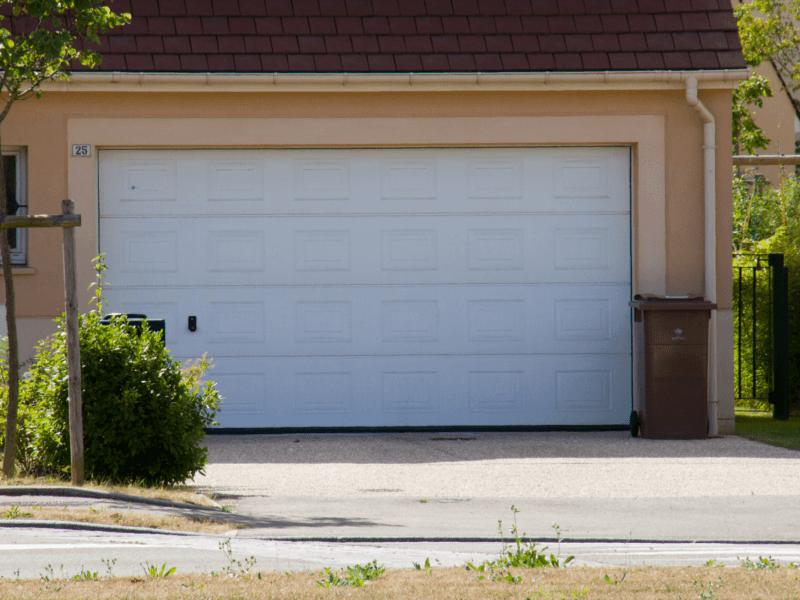 porte de garage de qualité à Plaintel (22) | ASM Fermetures
