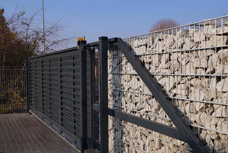 motorisation d'un portail en aluminium à Plaintel (22) | ASM Fermetures