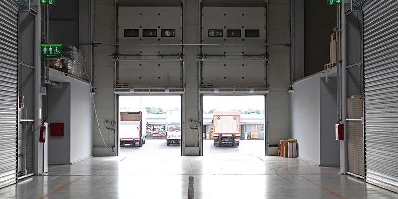 spécificités d'une ouverture sectionnelle industrielle à Plaintel (22) | ASM Fermetures